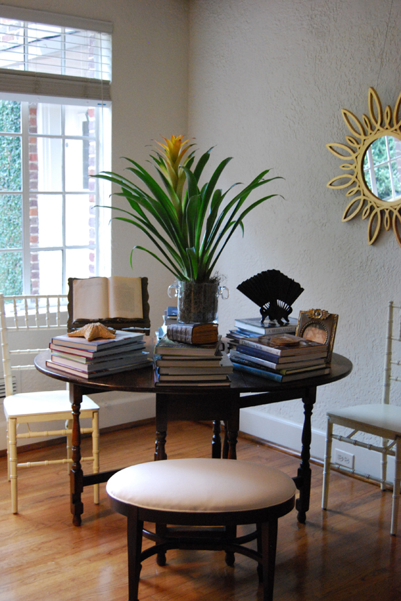 Living Room Like A Library: In The Studio: Garden Library