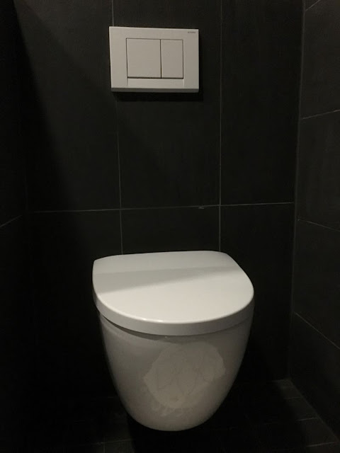 zicos.fi, zicos, zicoshome, musta kylpyhuone, musta vessa, mustavalkoinen, ido seven d, svanefors, valkoinen matto