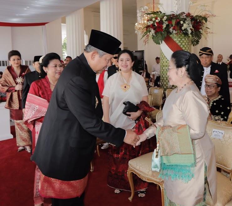 Ini Momen SBY dan Megawati Salaman di Istana Merdeka