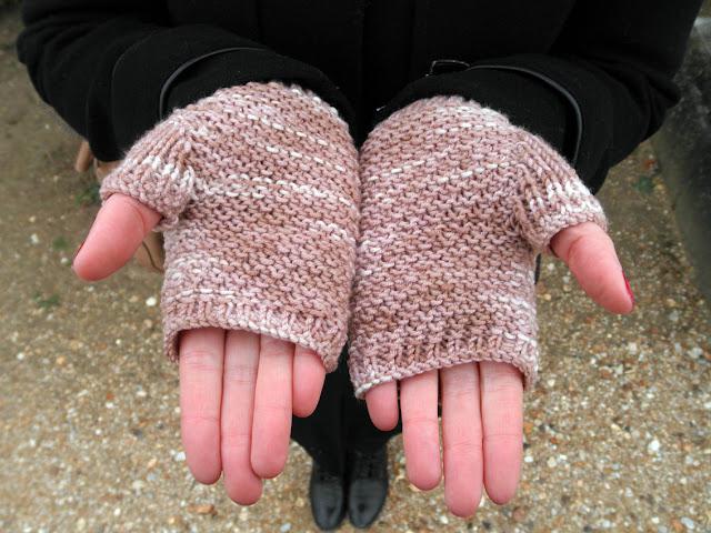 mitaines tricotées teinture naturelle de la laine