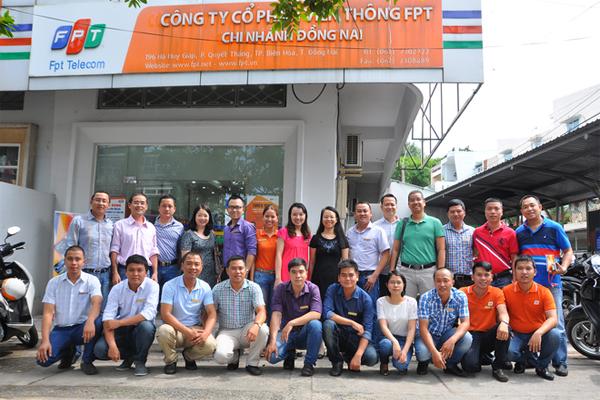 FPT Đồng Nai Phấn Đấu Tăng Doanh Số Trong Ngày Ra Quân