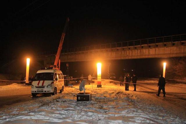 В Донецьку партизани підірвали залізничний міст