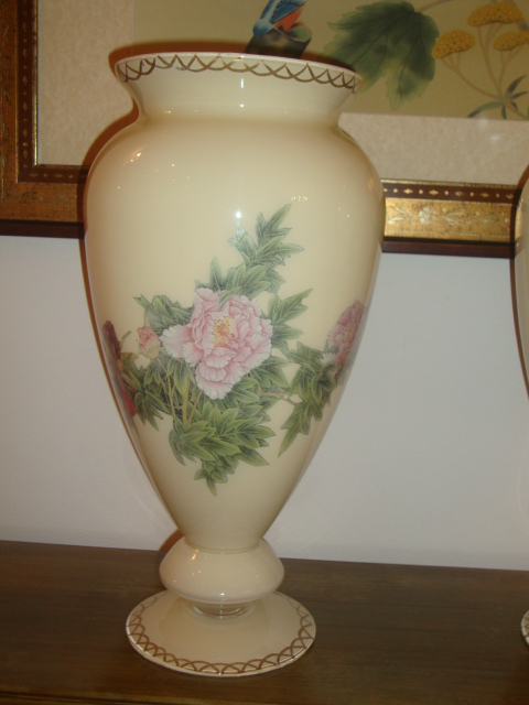 majdoleenart Vases under glass decoupage
