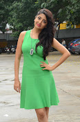 Poonam Kaur latest sizzling photos-thumbnail-17