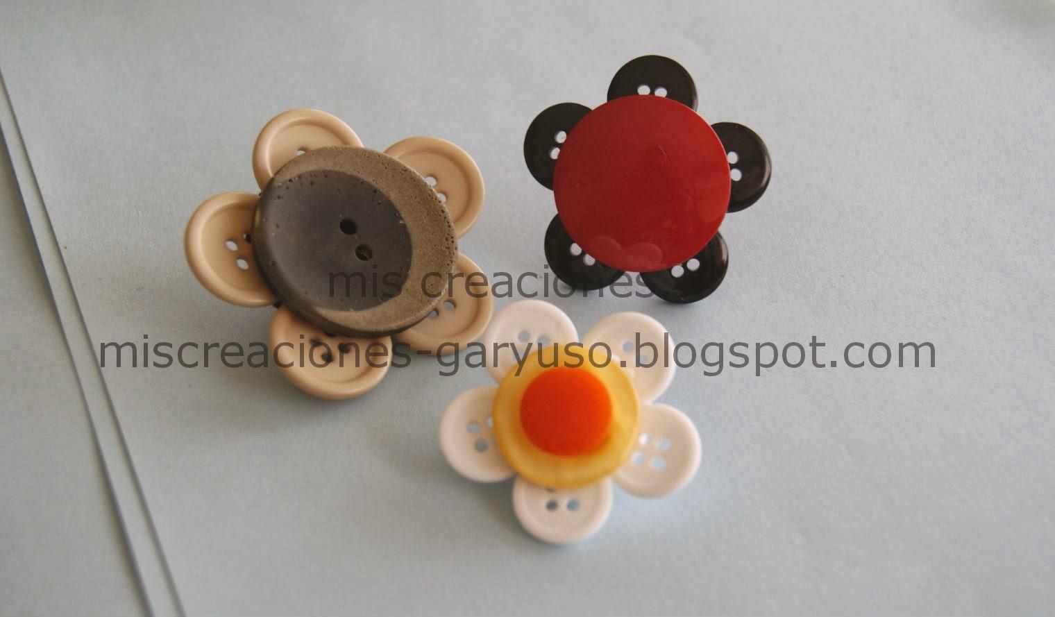 broches con botones