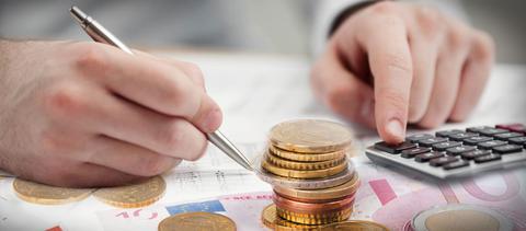 Φόροι 4 δισ. ευρώ σε ευρώ σε 20 ημέρες θα πρέπει να πληρωθούν