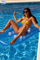 BikiniDare 2013-08-17 Rachel Evans Full HQ Image Set
