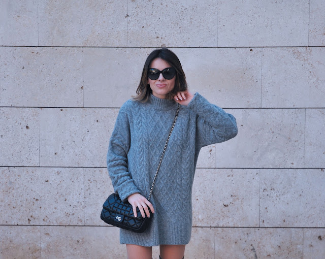 hm-grey-jumper