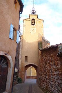 Puerta vieja Castrum, campanario fortificado.