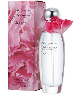 Happy-Valentine-Day-Pleasures_Bloom_Estee_Lauder