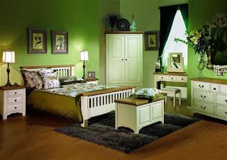 cuarto decorado con verde