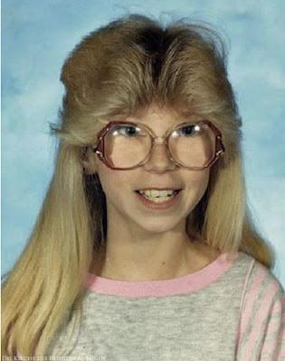 Furchbare Kinder Frisuren 80er Blond mit Brille - lachbilder