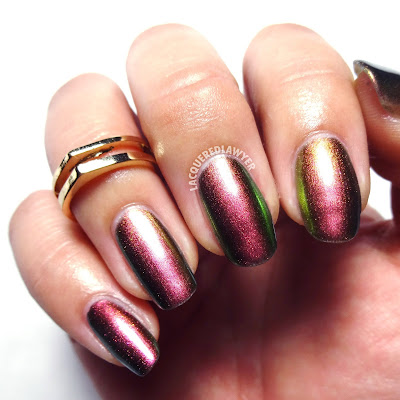 Multichrome Nails
