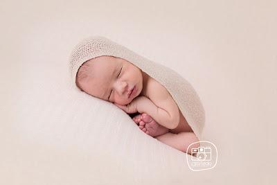 Fotografía especializada en recién nacidos Zaragoza