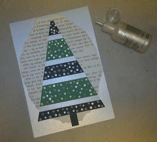Et Julekort pyntet med strimler, gl. bogpapir og Liquid Pearls