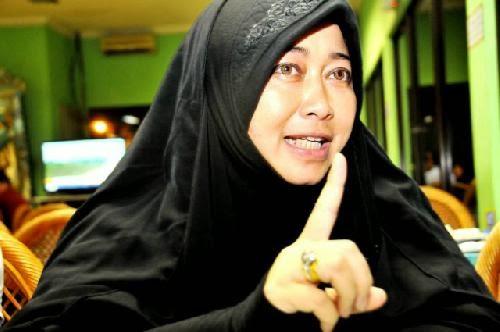 """Petinggi Syiah Indonesia Emilia Renita : """"Tuhan Kita Bukan Tuhannya Nabi Muhammad"""""""