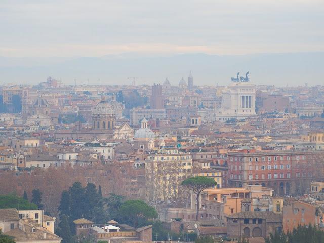 Panoramã a centrului Romei realizatã pe colina Janiculum - blog Foto-Ideea