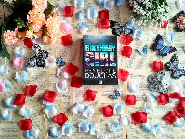 """On, ona i duża różnica wieku, czyli recenzja powieści Penelope Douglas pt.""""Birthday girl"""""""