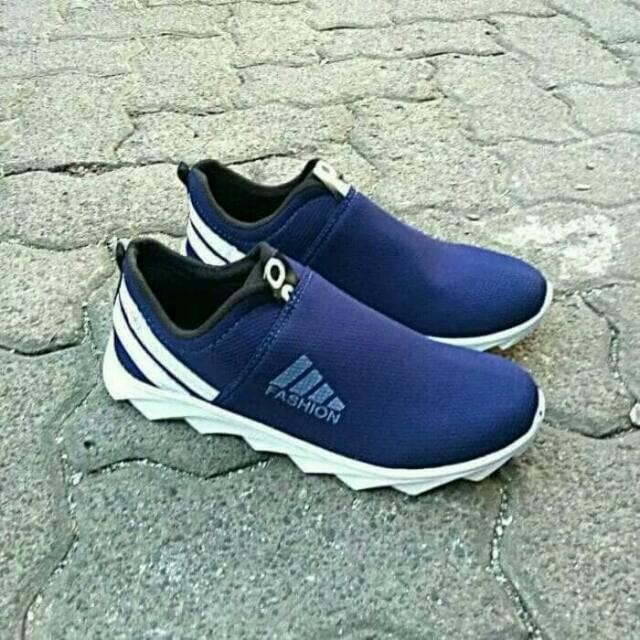Sepatu Wanita Slip On Po Gerigi Fashion Replika
