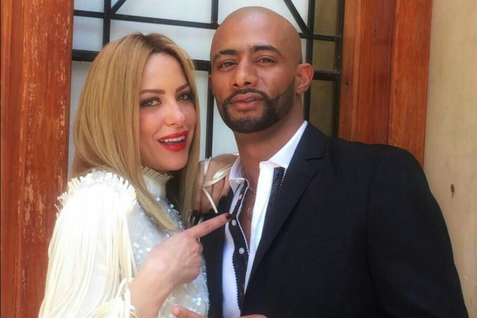 ريم مصطفى...من النقاب الى الشورت...ومنافسة شرسة في الجمال بين زوجة محمد رمضان في الحقيقة والأسطورة