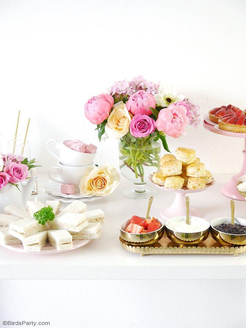 Une Jolie Tea Party Printanière - un thème parfait pour célébrer la fête des mères, une baby shower ou pour une fête British pour le mariage royal! by BirdsParty.fr @birdsparty #mariage #teaparty #theparty #mariageroyal #fetedesdmeres #babyshower