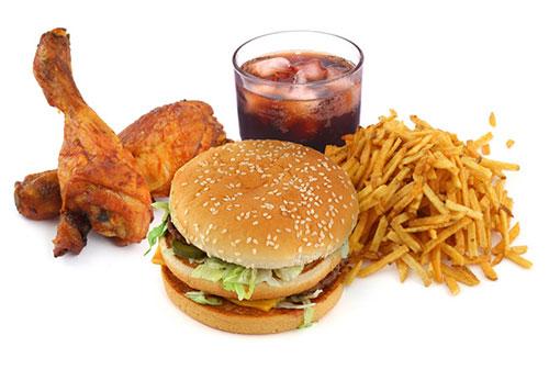 kiêng thực phẩm nhiều cholesterol khi bị đau vai gáy