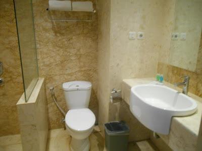 review hotel syariah solo, Hotel Syariah Solo, Hotel bernuansa Islami, review hotel di solo, jalan-jalan asyik di solo, hotel nyaman yang ada di solo