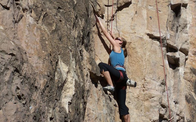 Why choosing the best fitted and comfortable Women's Climbing Shoes is Crucial