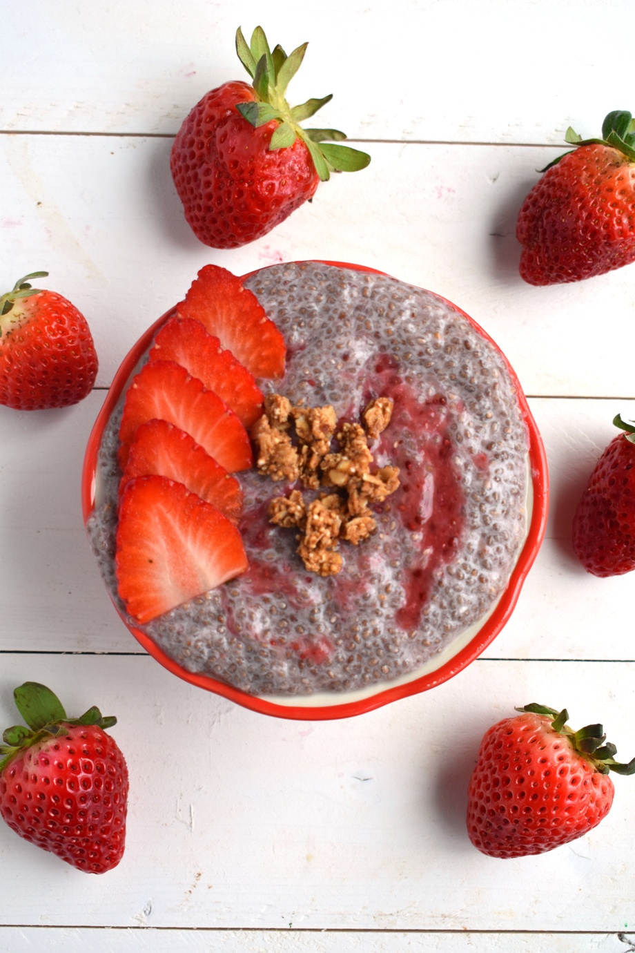 Healthy Strawberry Chia Seed Pudding