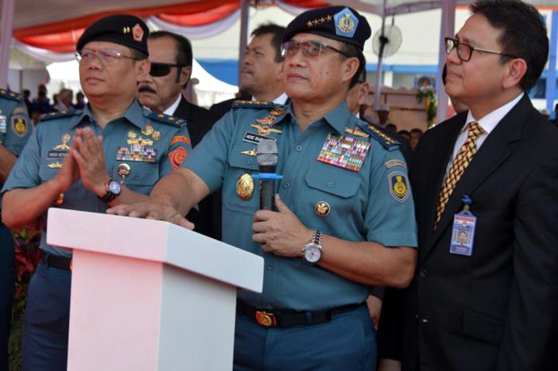 Peluncuran KCR 60M KRI Kerambit-627 oleh Kasal, Laksamana TNI Ade Supandi, Surabaya