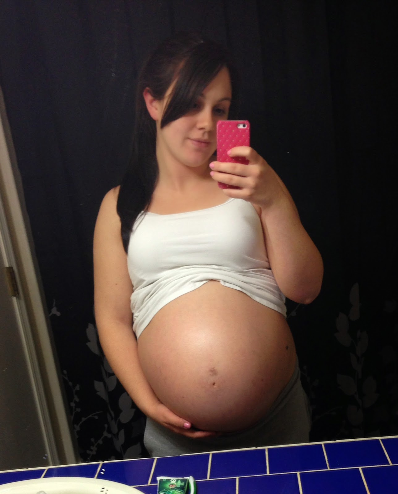Danielle and Baby G: 38 Weeks Pregnant! + Gift Card