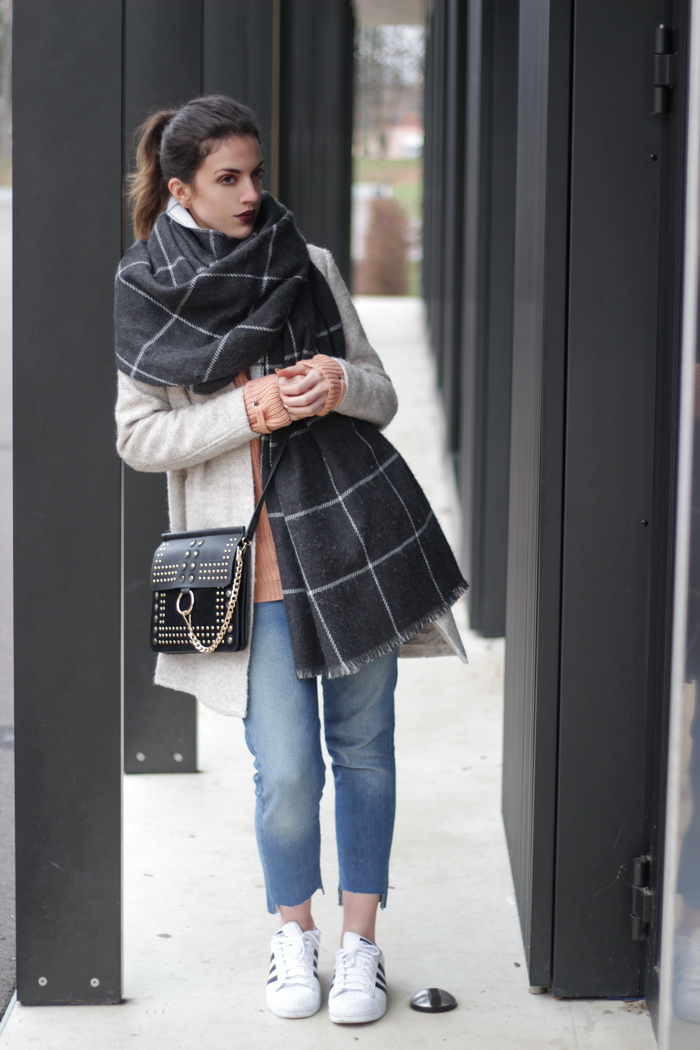 Winter Outfit Oversize Mantel