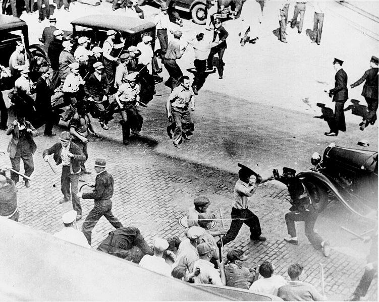 Stonewall+Riots,+June+28,+1969+(8).jpg