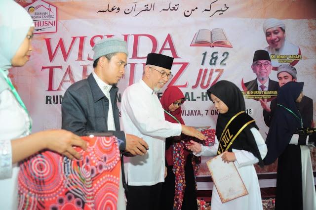 Rumah Tahfiz Al Husni Wisudah 50 Santri Penghafal Quran