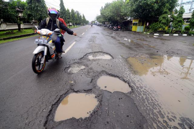 Kecelakaan Gara-gara Fasilitas Jalan Rusak? Tuntut DPU-nya Langsung!