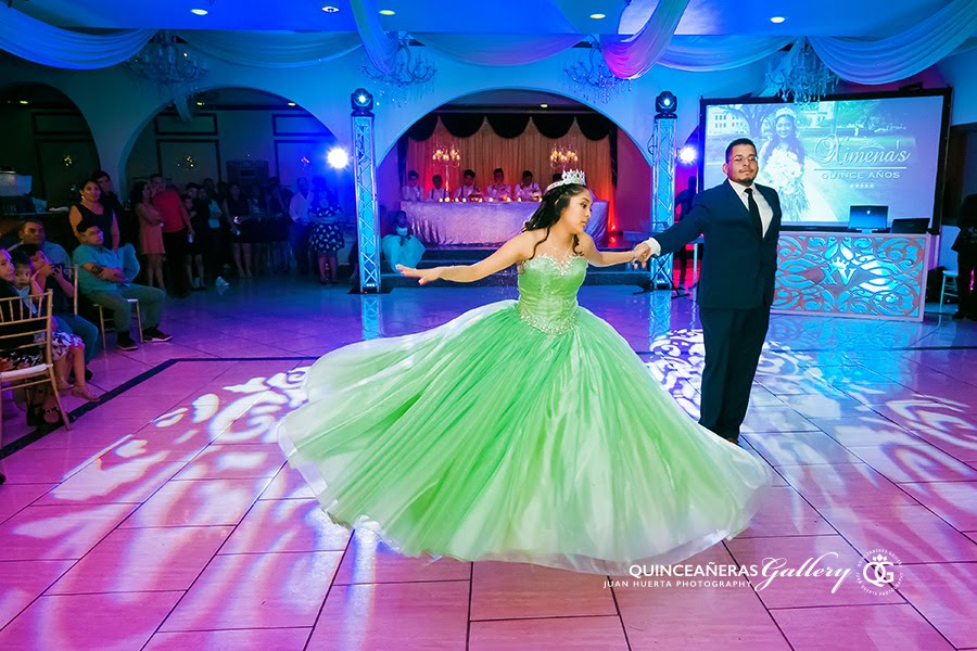 sterling-banquet-hall-quinceaneras-gallery-juan-huerta-photography