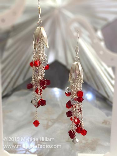 Festive Very Merry Berry earrings