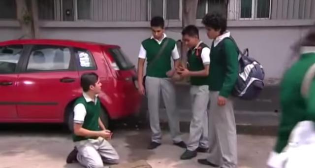adolescente gay, 2