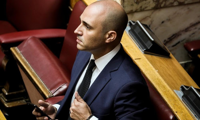 """Κωνσταντίνος Μπογδάνος: """"Όχι στο τσιπάκι"""" – βίντεο"""