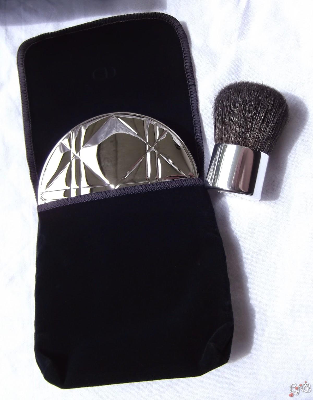 DIOR Diorskin Nude Shimmer  Poudre illuminatrice+Kabuki Dior