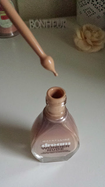 fond de teint dream wonder nude gemey maybelline