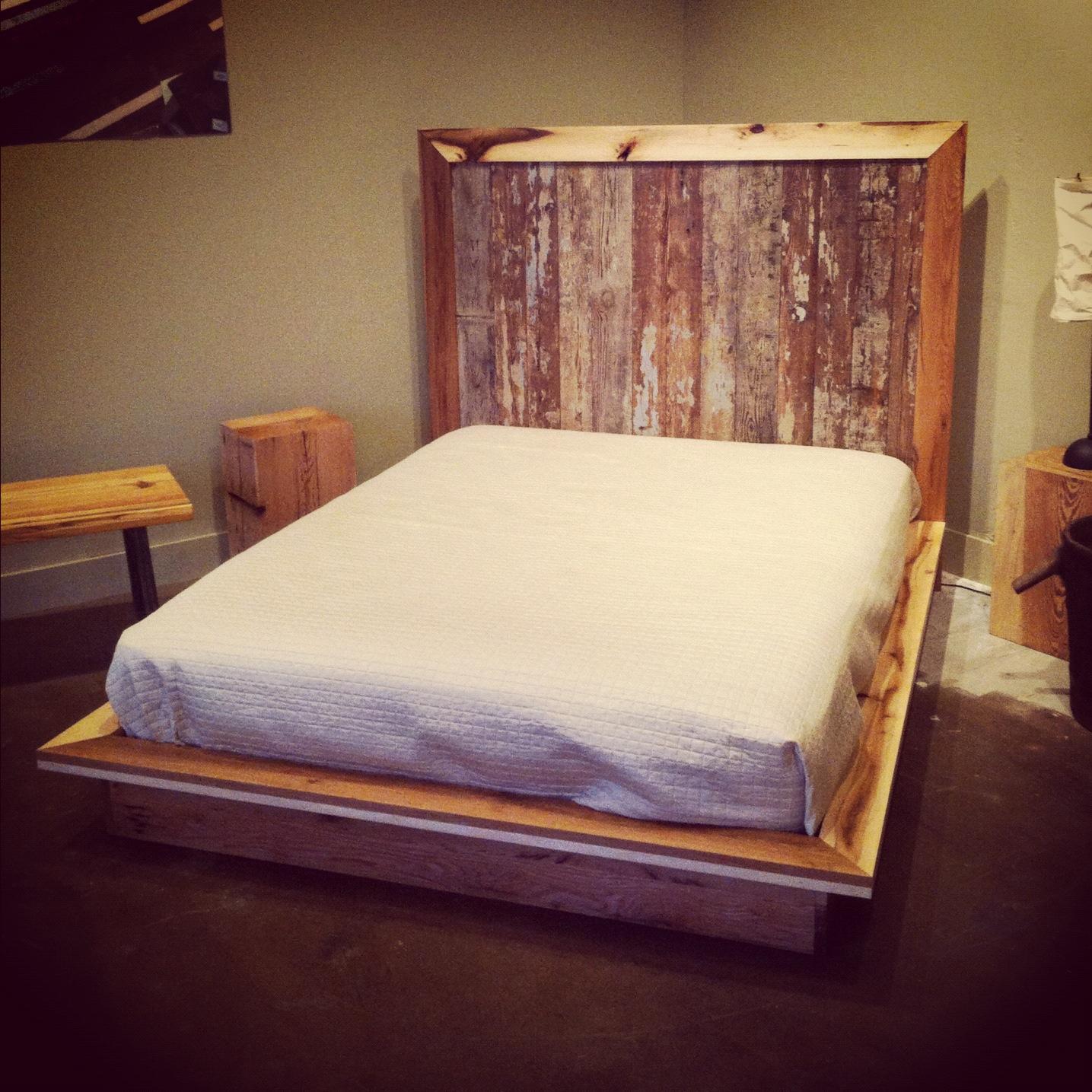 modern platform bed from reclaimed salvage evolutia. Black Bedroom Furniture Sets. Home Design Ideas