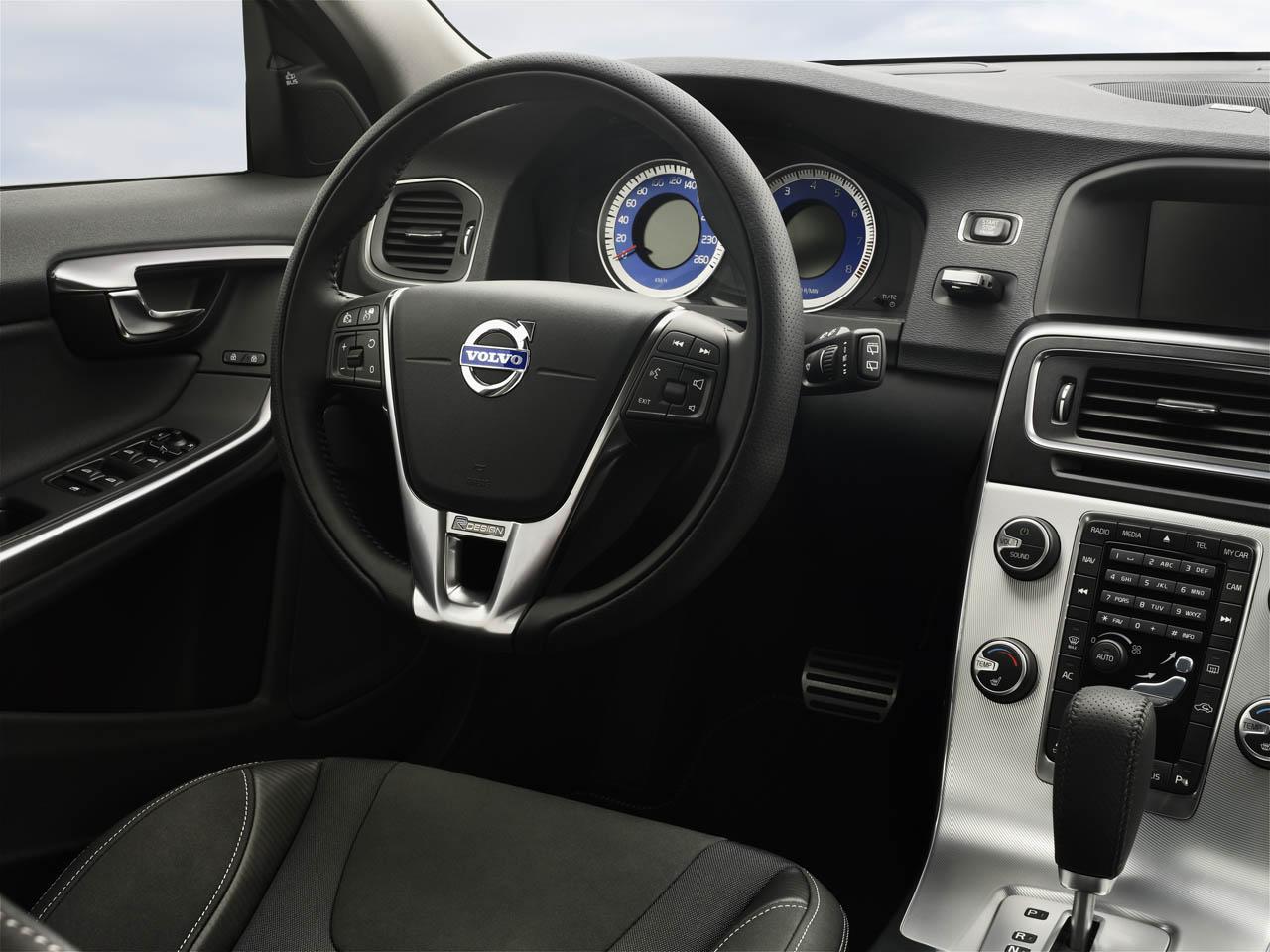 Web Volvo S R Design