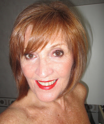 Imagen look longlasting con labios rojos