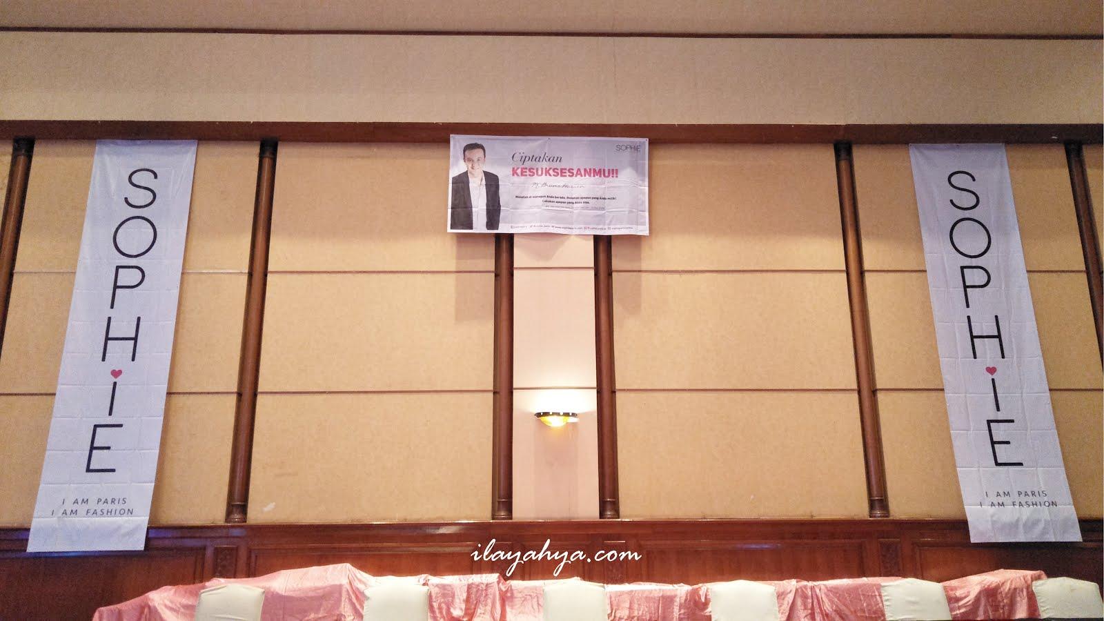 Mega Seminar Sophie Paris, Ciptakan Kesuksesanmu !
