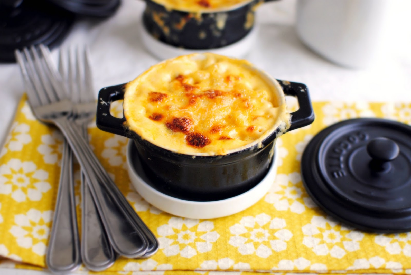 Simply Scratch Individual Baked Macaroni and Cheese Pots