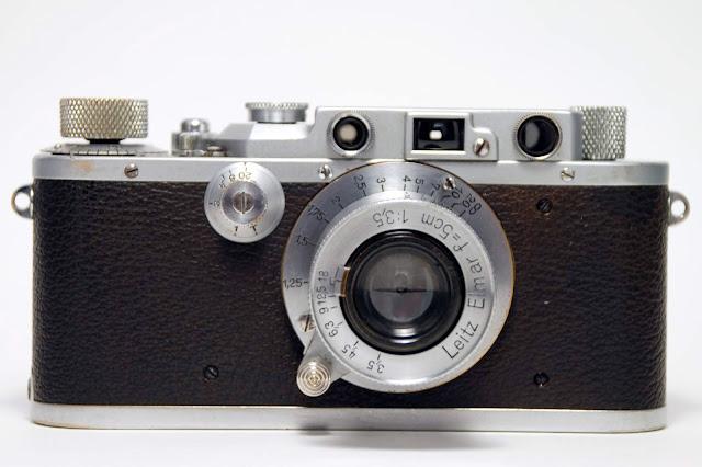 Leica IIIA 1936 photo by Rene Bui