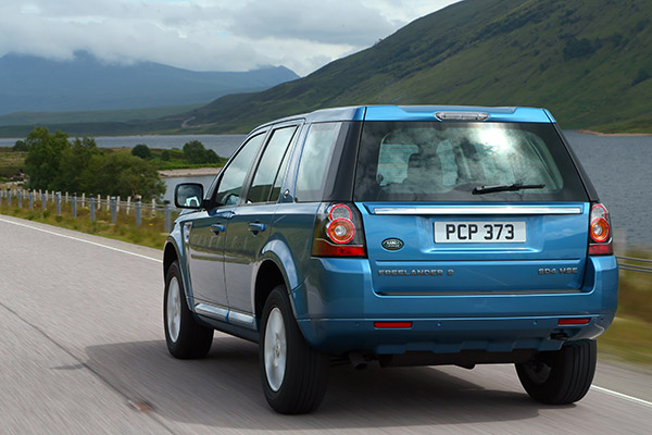 carro on Land Rover Freelander 2 2013