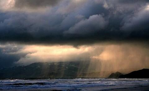 3 mantra pawang hujan terpopuler