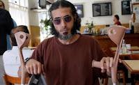 Canción de Diyab humor Uruguay